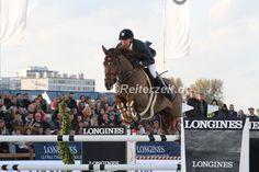 Longines Global Champions Tour Antwerpen 2015 : Simon Delestre gewinnt vor Hans-Dieter Dreher. http://reiterzeit.de/turnierergebnisse-reitsport/jumping-antwerpen/#3