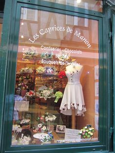 CHOCOLATE & CROISSANTS: Chocolate Creations from Les Caprices des Manons ~ France