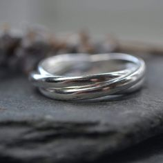 Wedding Ring Styles, Wedding Rings, Rolling Ring, Russian Wedding, Contemporary Jewellery, Copper Jewelry, Fashion Rings, Sterling Silver Rings, Jewelry Making