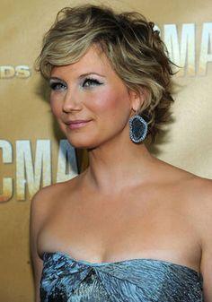 Def this one for mum - my fav!!! curly short hair - Jennifer nettles