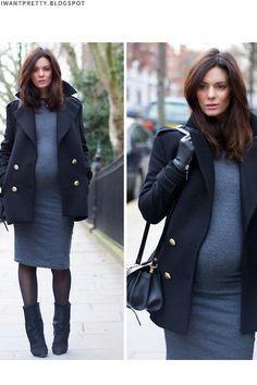 Maternity Style • Grávida • Vestido de Malha, Casaco de Lã, Bota