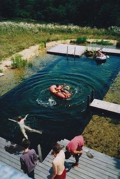 is this a pool built into a natural pond/lake? Have to keep this in mind if I ever build a pool someday: then I can enjoy a natural-like lake without squishy seaweed and sand! Living Pool, Outdoor Living, Natural Swimming Pools, Dream Pools, Swimming Holes, Interior Exterior, Interior Garden, Pool Designs, Water Features