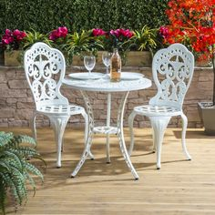 Attractive Cast Aluminium Bistro Set with Round Table and Two Chairs in Black with a Bright White Finish Small Garden Table And Chairs, Garden Patio Sets, Small Patio Furniture, Patio Table, Garden Furniture, Patio Seating, Patio Roof, Balcony Garden, Dining Bench