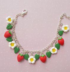 Cute strawberry charm bracelet- Handmade polymer clay bracelet- Miniature food jewelry- Flowers and fruits bracelet Polymer Clay Bracelet, Cute Polymer Clay, Polymer Clay Charms, Handmade Polymer Clay, Kawaii Jewelry, Cute Jewelry, Diy Jewelry, Crea Fimo, Clay Crafts