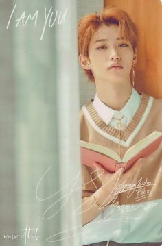 Can he teach me how to do eyebrows ?? Stray Dog, Freckles, Felix Stray Kids, Kid Memes, Hot Guys, Boyfriend Material, Kpop Boy, Korean Boy Bands, Lee Min Ho