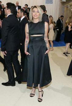 Met gala 2017 (Paris Jackson vestindo Calvin Klein by Appointment)