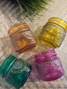 Spring Decor, Mason jars, Baby Shower favors, Mason jar lanterns, Desk Organizer Mason Jar Lanterns, Mason Jars, Mason Jar Crafts, Bottle Crafts, Jar Art, Decorated Jars, Bottles And Jars, Diy Arts And Crafts, Bottle Art
