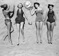 just hangin' with the girls. vintage swimsuits to love