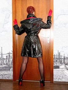 Gas Masks, Collar Pattern, Rain Wear, Rear View, Latex, Leather Skirt, Punk, Awesome, Skirts
