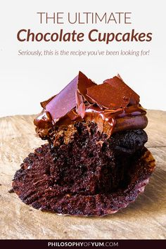 Looking for that ultimate Chocolate Cupcake recipe? Super moist, ridiculously chocolate-y, not too sweet and packed with flavour? This is the chocolate cupcake recipe you've been looking for. Click through to get therecipe! Ultimate Chocolate Cupcake Recipe, Best Chocolate Cupcakes, Dark Chocolate Cakes, Chocolate Brownies, Chocolate Recipes, Cupcake Recipes, Cupcake Cakes, Chocolate Cream Cheese Frosting, Top Secret Recipes
