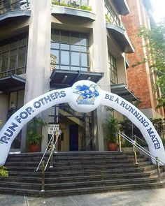 Feature news luzon quezon city philippines how should members of starting a petition for this arch to stay where it is lol lets run quezon cityrunning stopboris Images