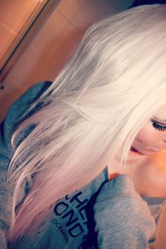 such a beautiful blonde! -that says a lot cause my hair is basically black!