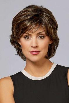 Nikki by Henry Margu Wigs - My list of woman hairstyles Short Hair With Layers, Short Hair Cuts For Women, Short Hairstyles For Women, Easy Hairstyles, Layered Hair, Pretty Hairstyles, Teenage Hairstyles, Hairstyles Videos, Wavy Layers
