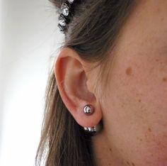 Double ball earrings - koop de leukste sierden en mode accessoires online op de webshop van Shoplikesuze.nl