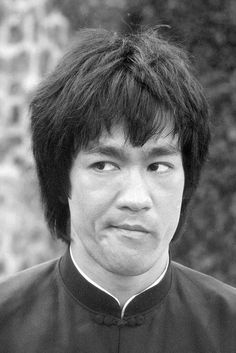 Lee Name, Bruce Lee Collection, Bruce Lee Pictures, Bruce Lee Martial Arts, Brandon Lee, Enter The Dragon, Martial Artists, Cute Girl Pic, Tough Guy