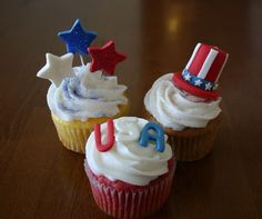 30 Spectacular Red, Blue, and White Cupcake  (3)
