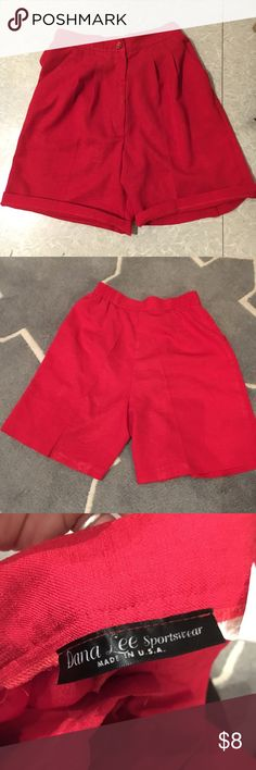 vintage red high waisted shorts sz 4 for all the fans of mom jeans, nerds, or Annie Hall... these shorts are pretty epic. high waisted, pleated shorts with fancy button. partly elastic waist so these would definitely fit a size 6 too. made in the USA. 100% polyester. excellent condition. awesome bold red color! size 4 Vintage Shorts