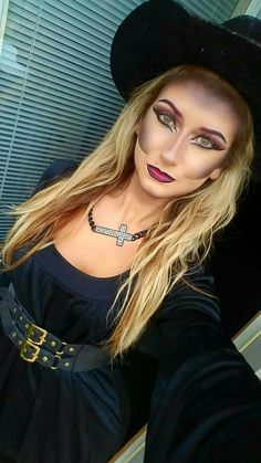 Hexe Halloween Make-up - Halloween Make-up Pretty Witch Makeup, Pretty Skeleton Makeup, Witch Costumes, Girl Costumes, Costume Ideas, Halloween Costumes, Adams Family Costume, Family Costumes, Halloween Makeup Witch