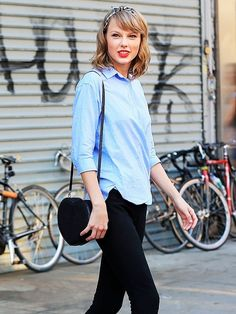 9 Rare Occasions Taylor Swift Wore Pants. #celebritystyle #taylorswift