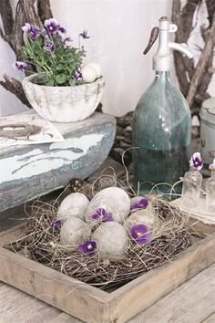 Spring/Easter decorating inspiration. French Nordic style.