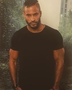 Ricky Whittle, American Gods, Husband Love, Hot Guys, Eye Candy, Handsome, Singer, Actresses, Actors