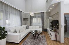Fa, üveg és a rusztikus kőburkolatok egyedi struktúrájának harmonikus egysége két otthonban - 1