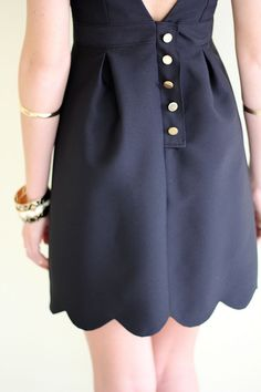 buttons + scalloped bottom-- in love with the back of this dress! :: Vintage style:: Pin Up Girl Fashion:: Retro Clothes