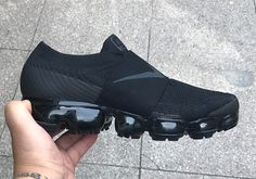 #sneakers #news  Best Look At The COMME des Garcons x Nike Vapormax Strap Nike Air Vapormax, Adidas Nmd, Top Shoes, Reebok, Fasion, Men's Fashion, Sneakers Fashion, Shoes Sneakers, Nike Free Shoes