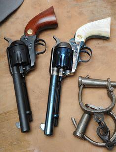 Beretta Stampede. Wow, I had no idea Beretta made single-action revolvers. Cool stuff.