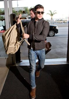 Zac Efron at LAX on his way to SXSW for Neighbors ~ March 7, 2014