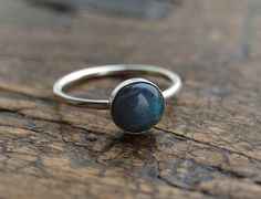 labrodite & silver simple ring.