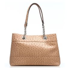@Emilie M Handbags is giving away a Nicole Ostrich Bag & 6pc Essentials Box.  Enter in the link for a chance to win!