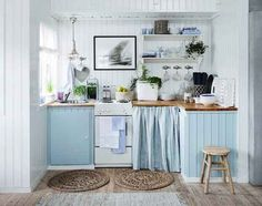 This relaxing sea side cottage kitchen: