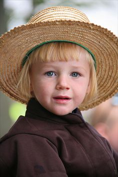 """Amish Boy by Mashuga, via Flickr""    Mashuga, why would you steal this poor little boy's soul?"