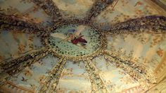 pitti palace ceiling  via roughluxeperspective.blogspot.com