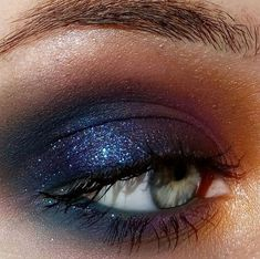 fall makeup, blue br