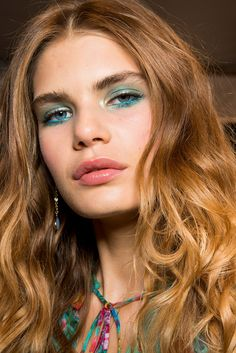 spring/summer 2018 hair and makeup trends
