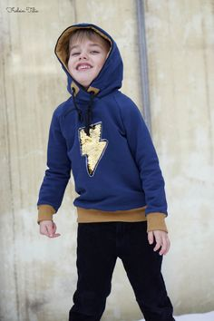 Robin Hoodie by Fabelwald sewn with Nosh Organic Fabric by Frölein Tilia