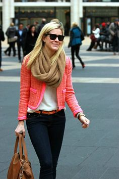 Love everything going on here: pop of color, infinity scarf, tweed, tan hobo and dark jeans :)