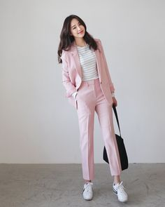 Fashion ideas on korean fashion outfits 580 Smart Casual Fashion Women, Korean Girl Fashion, Ulzzang Fashion, Korean Street Fashion, Asian Fashion, Emo Fashion, Womens Fashion, Smart Casual For Girls, Korean Fashion Office