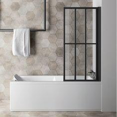 Bathtub Refinishing and Reglazing - Easy DIY Guide Bath Screens, Bathtub, Creative Bathroom Design, Minimalist Bathroom, Bathroom Decor, Jacuzzi, Timeless Bathroom, Refinish Bathtub, Bathroom Design