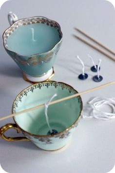 I like to look for tea cups in a thrift store … – Tea cup candles – fantastic idea! I like to look for tea cups in thrift stores and anti – # Teacup candles – fantastic idea! I like to look for tea cups in a … Creation Bougie, Notebook Diy, Diy Candles Design, Ideas Candles, Diy Luminaire, Do It Yourself Organization, Thrift Store Crafts, Thrift Stores, Thrift Store Finds