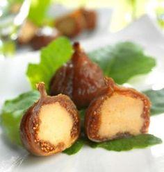 Photo de la recette : Figues séchées fourrées au foie gras Lucien Doriath http://www.odelices.com/recette/figues-sechees-fourrees-au-foie-gras-lucien-doriath-r3682/