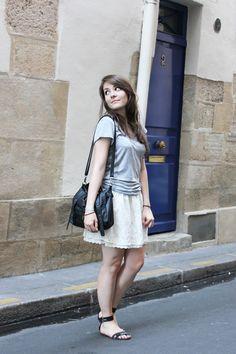 C B C M G: Le basique - H grey tshirt - Stradivarius white lace skirt - Maje black sandals - Moa bag