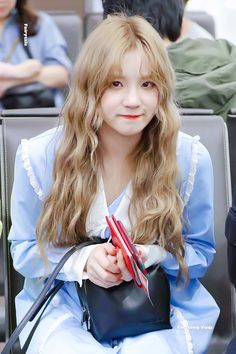 Name Songs, Xuan Yi, How To Speak Chinese, Lucas Nct, China, Cube Entertainment, Soyeon, Girl Crushes, Pretty Girls