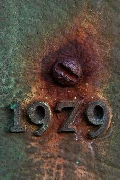Old metal textures and colours (The Bell). Reds, browns and greens. Texture Metal, Backgrounds Wallpapers, Rust Never Sleeps, Rust In Peace, Bulletins, Rusted Metal, Peeling Paint, Letters And Numbers, Wabi Sabi