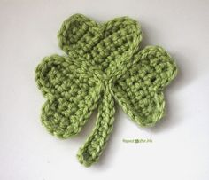 Here is another way you can use my easy crochet heart pattern… to make a shamrock! Sew three green hearts together and you have the leaves. A simple chain makes a stem. I have been using my easy crochet heart pattern for so many projects: Crochet Heart Wand, Crochet LoveBug Lovey, and my Crochet Bumble …