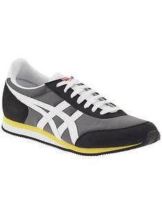 Onitsuka Tiger Sakurarda | Piperlime - men's asics black gray shoes