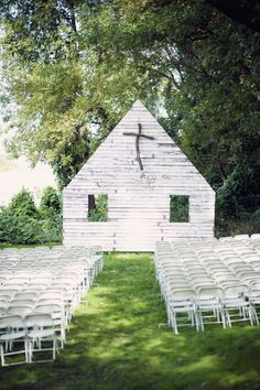An awesome and original idea for a Wedding ceremony setting. Photo by Lauren Larsen Photography. Found via Style Me Pretty #wedding #ceremony #church