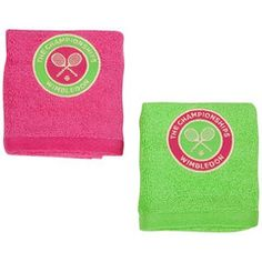 Collection of Wimbledon face-cloths... why not get these for your bag to freshen up after a game.  2 per pack, would make an excellent gift for Christmas for anyone - whether they are an armchair tennis fan,  or if they play.  Available on our website.